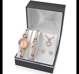 Sekonda Ladies' Bracelet Watch, Bracelet, Pendant & Earrings