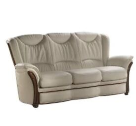 Higbee Leather Sofa Selling at £400 brand new in packaging