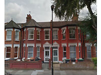 ☺MUST SEE! ►Double Room For Single Person ►Friendly House►Turnpike Lane/ZONE 3►5 Mins to Tube/Bus◄