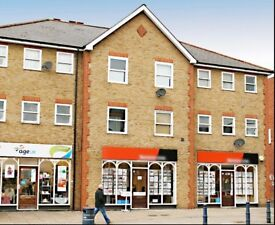 Flat to rent central Cheshunt HERTS