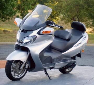 Suzuki Burgman AN650 (low kms) in Excellent condition