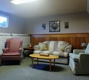 2 furnitured rooms avail immed/student\worker