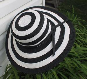 Black and White Stripe Beach Hat and Matching Tote Bag Kitchener / Waterloo Kitchener Area image 2
