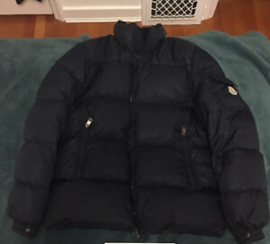 Selling Navy Blue Moncler Puffer Size Small / Medium