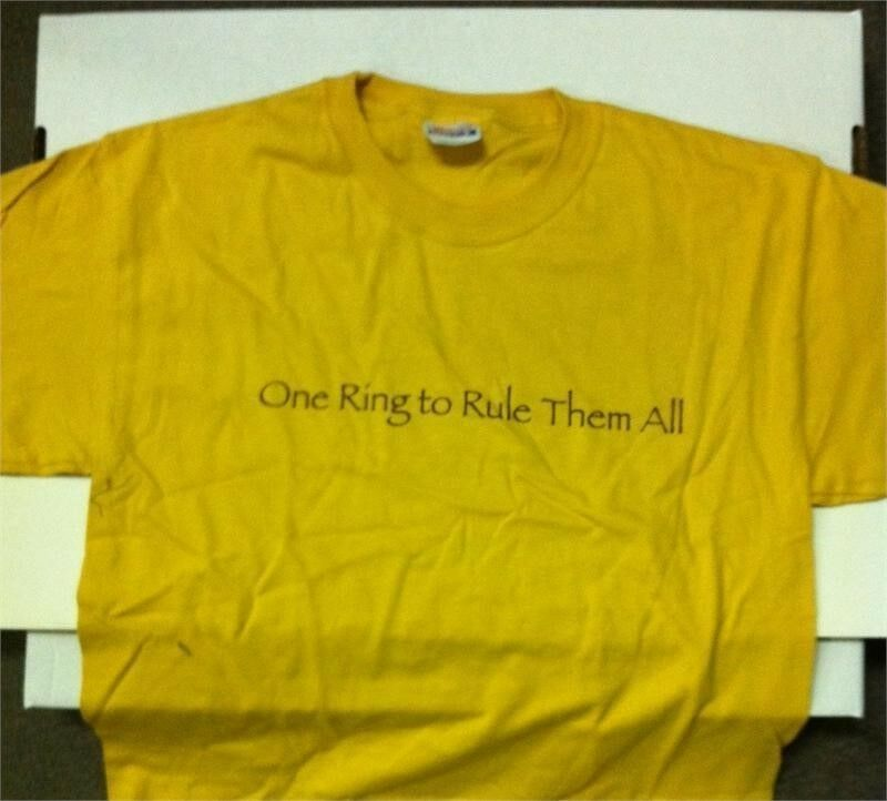 LORD OF THE RINGS - One Ring To Rule Them All  ( GOLD T-SHIRT) PROMOTIONAL LARGE
