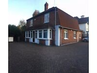 Large room in nice house near Brunel University!