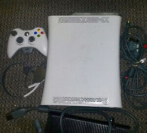 Xbox 360 2 games one controller