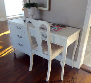 French Provincial Wood desk