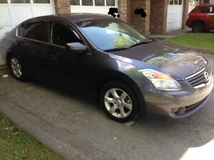 DEAL OF THE DAY 08 Altima