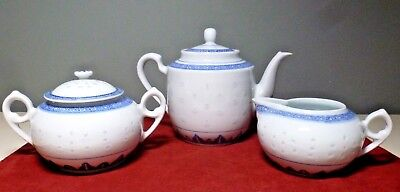 Pretty 5-PC. Blue and White TEAPOT SET w/ Creamer and Covered Sugar Bowl