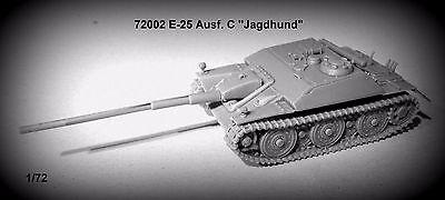 1/72 E-25 Panzer Ausf. C Jagdhund Resin