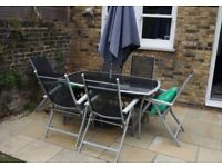 Garden furniture set - Table + 6 chairs - easy care, used but functional