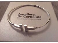 CORNELIUS Designer Bracelet/Bangle White Gold Plated With Diamanté RRP £110 new boxed