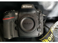 Nikon D800 in great condition (full box and accessories)
