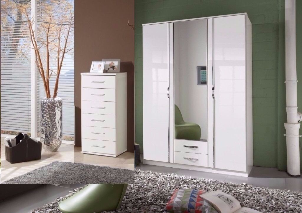 3 DOOR WARDROBE WITH MIRROR AND DRAWERS BRAND NEW HIGH GLOSS WARDROBE