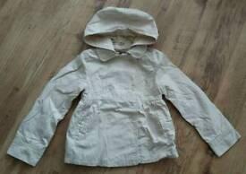 Gap girls mac jacket size S (approx 3-4 yrs)