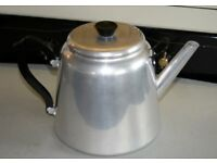 Old Style Manual Boil 8 Pint Kettle