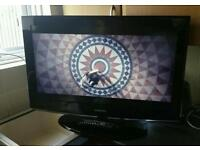 """32""""Samsung lcd tv hd ready with built-in freeview."""