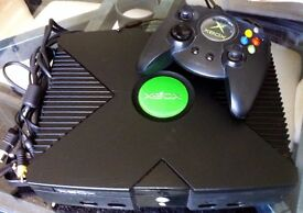 Original XBOX upgraded 80GB HD, Complete Set Up, 1000's of retro games!