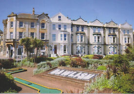 One bedroom top floor apartment on Dawlish seafront