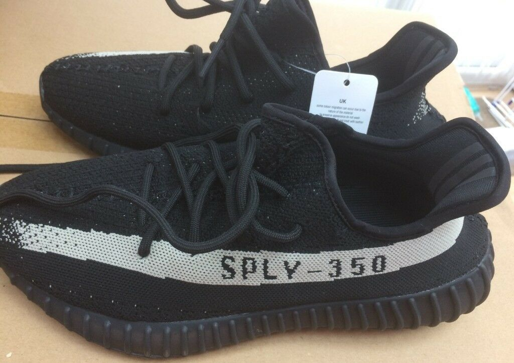 b8c5857a8d87 Men`s Adidas Yeezy Boost 350 V2 Trainers size uk 9 Black   White Brand New