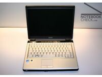 "LAPTOP NETBOOK TOSHIBA, 12"" SCREEN 2GB RAM,WIFI .DVDRW. WINDOWS 7/OFFICE 2010,CASE,CHARGER"