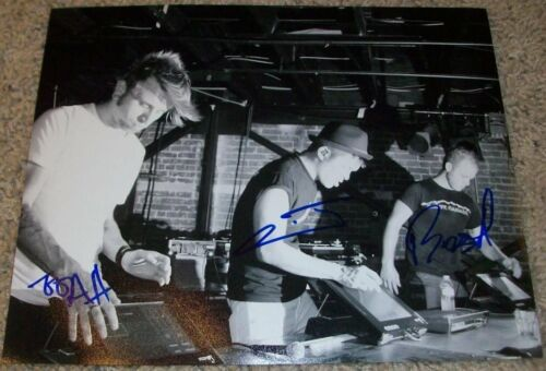 THE GLITCH MOB BAND SIGNED AUTOGRAPH 8x10 PHOTO F w/EXACT PROOF BY ALL 3