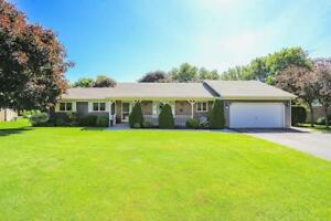 16 Cumminsville Drive Flamborough, Ontario