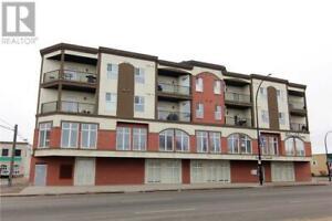 402 4901 46 Street Red Deer, Alberta