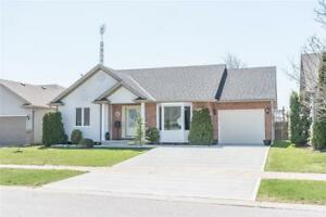 16 MAPLE Avenue West Lincoln, Ontario