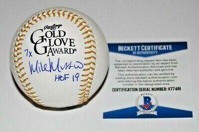MIKE MUSSINA signed (NEW YORK YANKEES) GOLD GLOVE baseball BECKETT BAS V77481