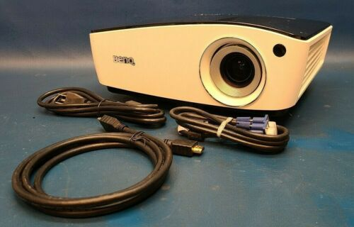 BenQ MX723 Projector 3700 Lmns 13000:1 HDMI PC 3D Ready, Over 1500 Lamp Hours.