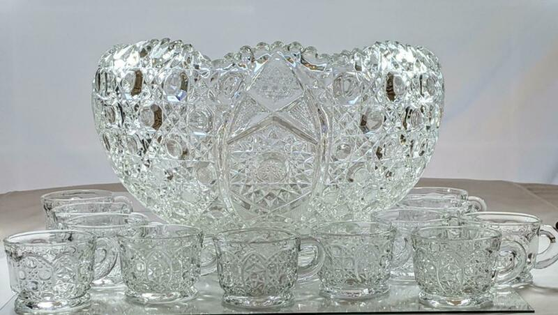 L.E. Smith Daisy and Button Hobstar Crystal Punch Bowl Set 12 Cups  Original Box