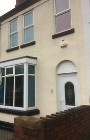 5 bed house, £375 per rm INC Most Bills, Bloxwich Road