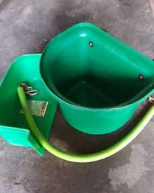 Feed bucket, stable tidy and stall guard