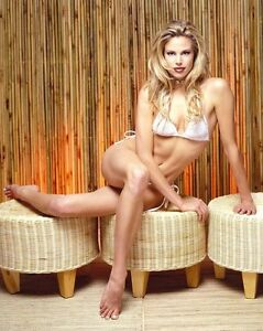 Brooke Burns 8x10 Photo. Color Picture #2524 8 x 10. Free Shipping!