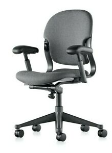 High quality Herman Miller Computer Chair, multiple adjustments