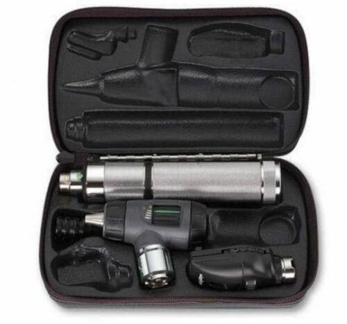 Welch Allyn 97100-M Diagnostic Set Ophthalmoscope & MacroView Otoscope