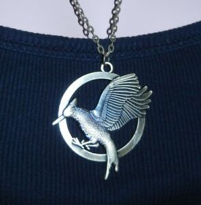 BRAND NEW Deluxe Hunger Games Bronze Mockingjay Pendant Necklace