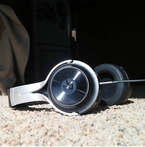 LucidSound LS20 Gaming headset
