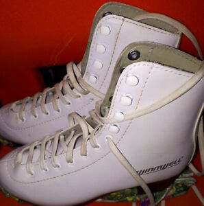Patins Winnwell taille 4 Fille