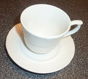 14 Johnson Brothers Fine China RICHMOND cups with saucers