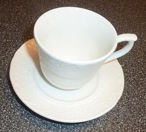 14 Johnson Brothers Fine China RICHMOND cups with saucers Kitchener / Waterloo Kitchener Area image 1