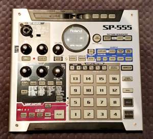 Roland SP 555 sampler with 2x compact flash cards