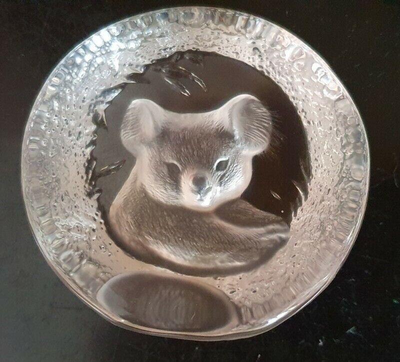 Mats Jonasson Sweden Lead Crystal Art Glass Koala Paperweight 9175 - Pre-owned