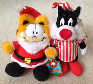 Vintage McDonalds GARFIELD & SYLVESTER Plushes with Tags on