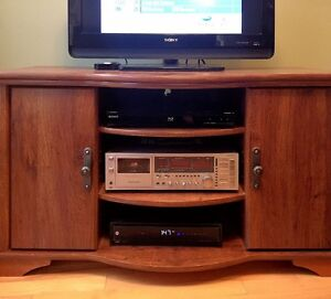 FOR SALE: TV STAND AND ENTERTAINMENT UNIT