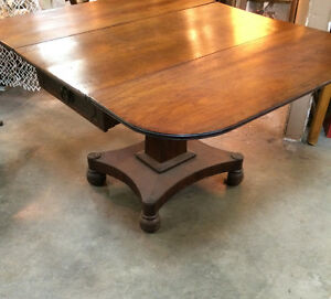 ANTIQUE TABLE RABATTABLE EN ACAJOU / Mahogany Dropleaf Table