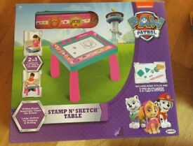 PAW PATROL STAMP N SKETCH TABLE 2 IN 1 TRANSFORMABLE TABLE TO LAP WRITER
