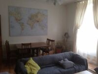 Beautiful 3 bedroom HMO central flat available March